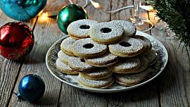 Pečeme sváteční linecké: 3 rady, jak tradiční cukroví dovést k dokonalosti
