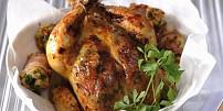 Oběd na neděli: Upečte si skvělé kuře s nádivkou podle Marie-Janků Sandtnerové