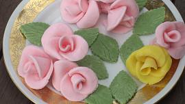 Jednoduchý recept, jak doma vyrobit skvělý marcipán jako od cukráře