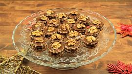 Čas na Išelské ořechy! O druhém adventním víkendu pečeme cukroví plněné krémem a marmeládou