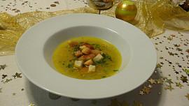 Čtvero tradičních štědrovečerních polévek. Kterou máte u vás doma?