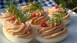 Retro šunkové předkrmy: Vzpomínáte na vejce s pěnou nebo závitky v aspiku?