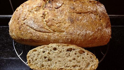 Trpělivost bochník přináší: Ovládněte sílu kvásku a naučte se péct domácí chléb na jedničku