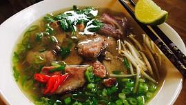 Uvařte si doma vietnamskou polévku Pho jako profík. Stačí znát tyhle triky!