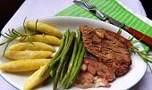 Beránek, po kterém se jen zapráší: Rady a tipy, jak vybrat a správně zpracovat jehněčí maso