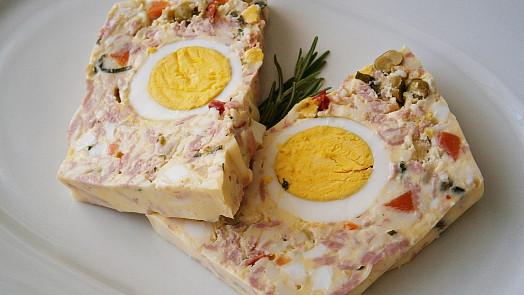 Co svelikonoční nadílkou? Uvařte polévku ze strouhaných vajec nebo zkuste vaječné řízky