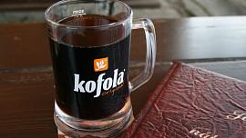 Jak a proč vznikla Kofola? Slavná česká limonáda nahradila Pepsi i Colu