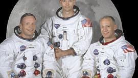 Jídelníček kosmonautů: Od masové pasty v tubě po pizzu a létající pudink