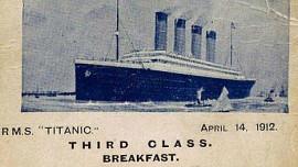 Jak se jedlo na Titanicu? V první třídě byly masové hody, ve třetí rýžová polévka a sušenky