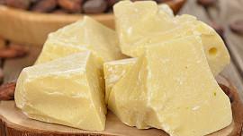 Už znáte kakaové máslo? Základ čokolády poslouží i jako pěna na holení či lék na ekzém