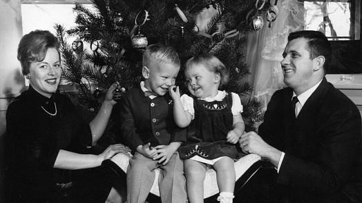 Pamatujete nekonečné fronty na mandarinky? Vánoce za socialismu byly noční můra hospodyněk!