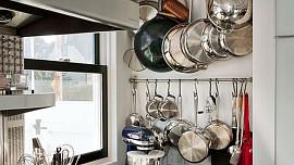 Vystavte své kuchyňské nádobí na odiv!
