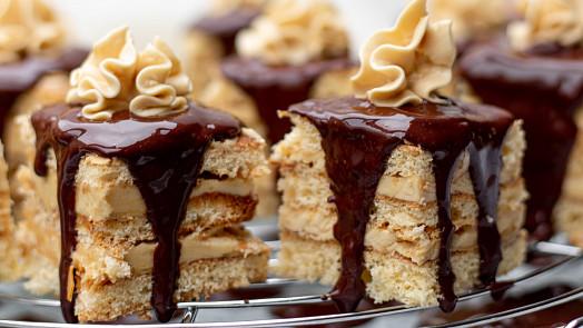 Čokoládová poleva ganache: Naučte se ji dělat jako profík a vaše dorty budou luxusní!