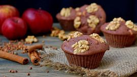 Výživné a chutné vlašské ořechy. Jsou skvělým zdrojem vitamínů a podporují funkci mozku