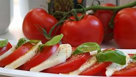 Dopřejme si podzimní zeleninové saláty plné vitamínů