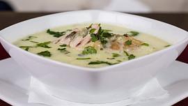 Jakou polévku si uvaříte dnes, zítra, v neděli? Stačí zalistovat
