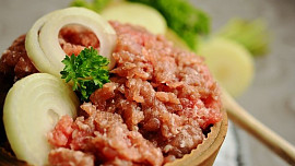 Z mletého masa můžete vytvořit spoustu výborných a poměrně rychlých jídel