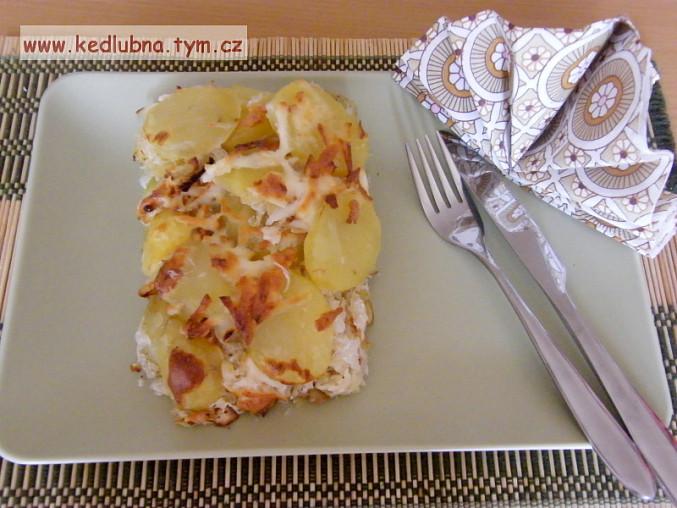 Brambory zapečené s kysaným zelím, zapečené brambory se zelím