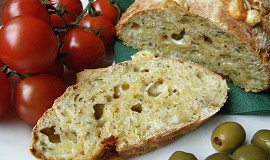 Bylinkovo-sýrový chléb bez pekárny