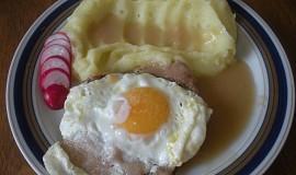 Roštěná se šunkou a vejcem