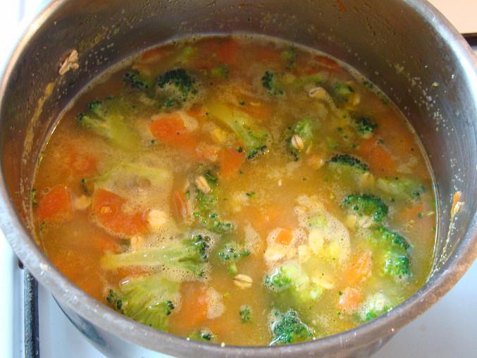 Po přidání brokolice a vloček