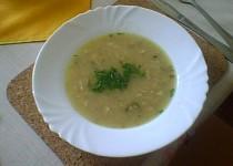 Drožďová polévka s cibulí