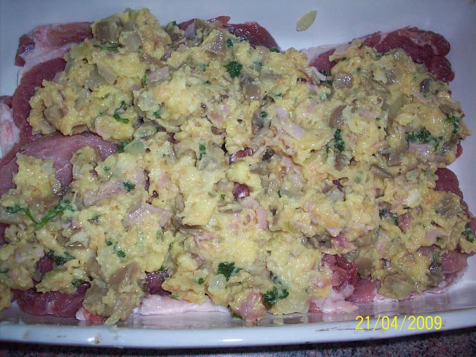 Hrbaté maso, naložená směs na mase