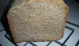 Měkoučký celozrnný chléb
