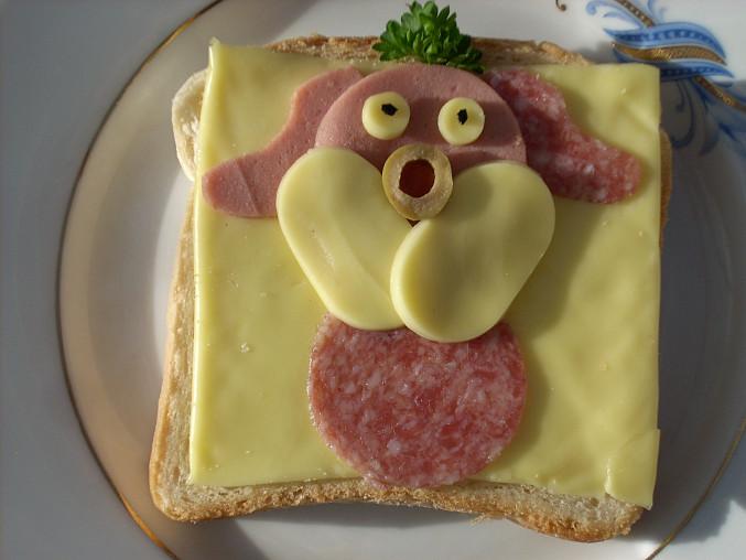 ...přidáme tvary ze sýra...