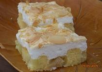 Rebarborový koláč se sněhovou čepicí