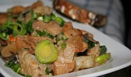 Zeleninovo-kuřecí pánev
