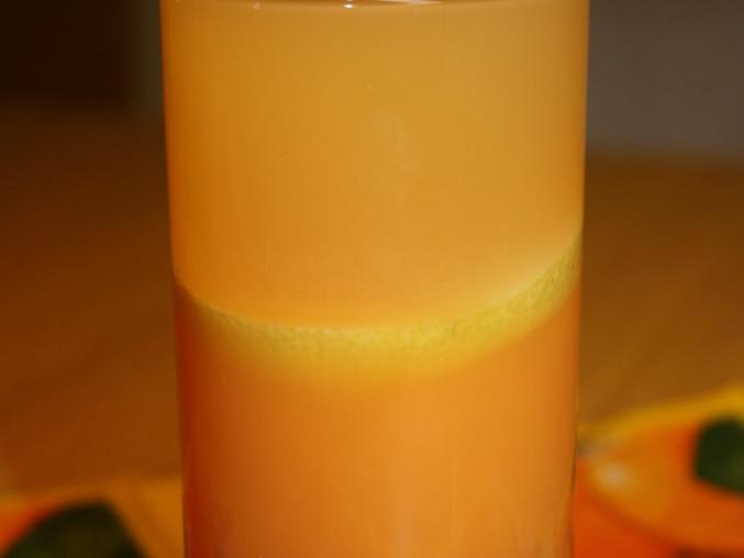 Barevná limonáda