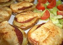 Salámovo - sýrové pečené půlky