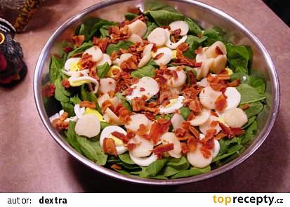 Špenátový salát se slaninou