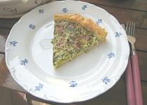 Tvarohový koláč se špenátem a pórkem