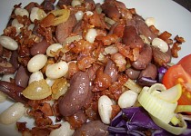 Fazole se slaninou a česnekem