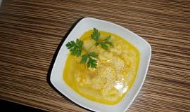 Mrkvová polévka s haluškami