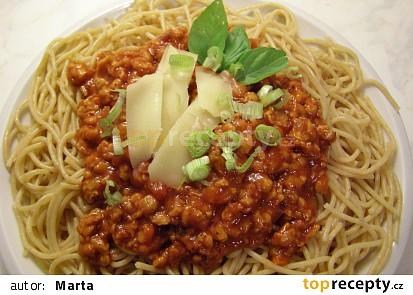 Celozrnné špagety se sójovou omáčkou