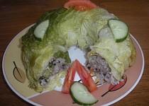 Kapustové listy plněné houbovo-zeleninovou náplní
