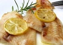 Pangasius na citronu a rozmarýnu