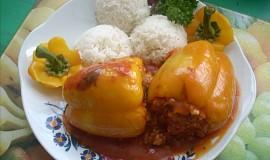 Papriky s houbovou nádivkou