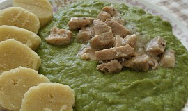 Špenát  (mangold), vepřové maso, bramborový knedlík