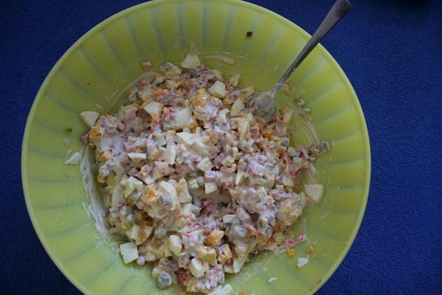 ingredience smíchány dohromady-jen zalít želatinou