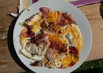 Hemenegs (Ham and Eggs)