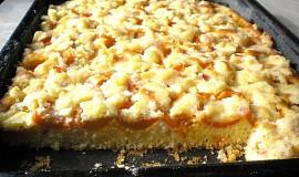 Ovocný piškotový koláč
