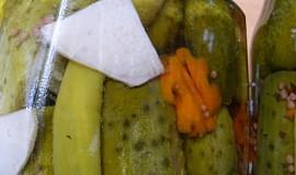Sladkokyselé okurky