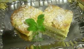 Jablkový koláč s marcipánem