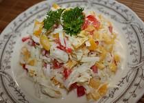 Kedlubnový salát s paprikami