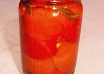 Rajčata v kořeněném nálevu