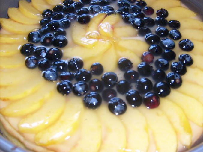 Tvarohový dort bez mouky, nalité želé na ovoce